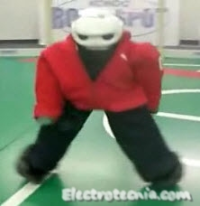 Manoi el robot que baila