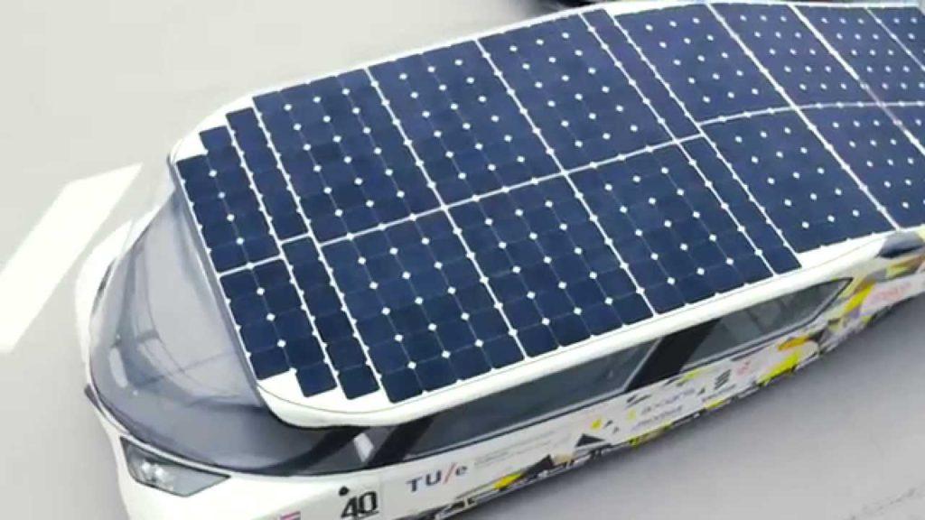 stella lux coche solar